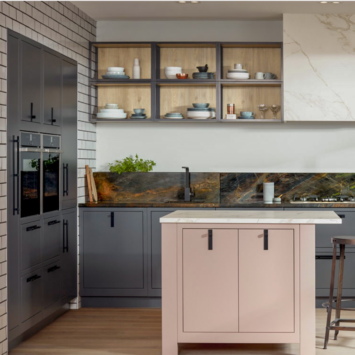 Campbell Kitchen: Collaboration With Colourhill Kitchens & Bedrooms